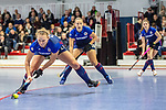 Mannheim, Germany, January 03: During the 1. Bundesliga women indoor hockey match between TSV Mannheim and Mannheimer HC on January 3, 2020 at Primus-Valor Arena in Mannheim, Germany. Final score 4-4. (Photo by Dirk Markgraf / www.265-images.com) *** Stine Kurz #27 of Mannheimer HC