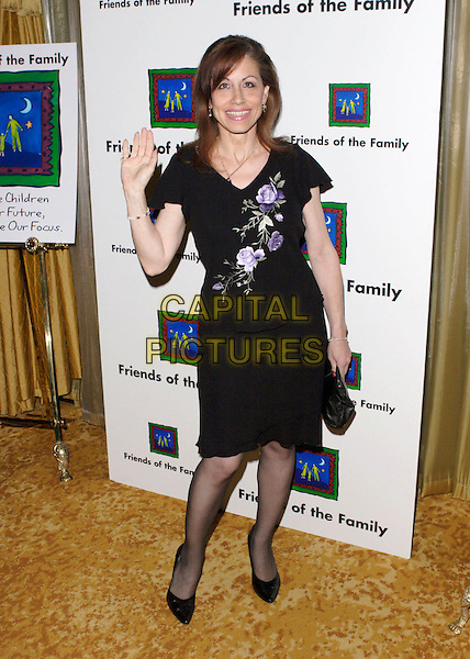 VICKI ROBERTS.The 9th Annual Family Matters Benefit and Celebration held at the Regent Beverly Wilshire Hotel, Beverly Hills, Los Angeles, California, USA, 3 June 2005..full length vicky waving.Ref: ADM.www.capitalpictures.com.sales@capitalpictures.com.©AdMedia/Capital Pictures.