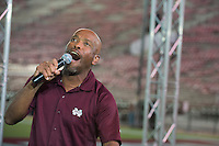 Cowbell Yell 2016<br />  (photo by Beth Wynn / &copy; Mississippi State University)