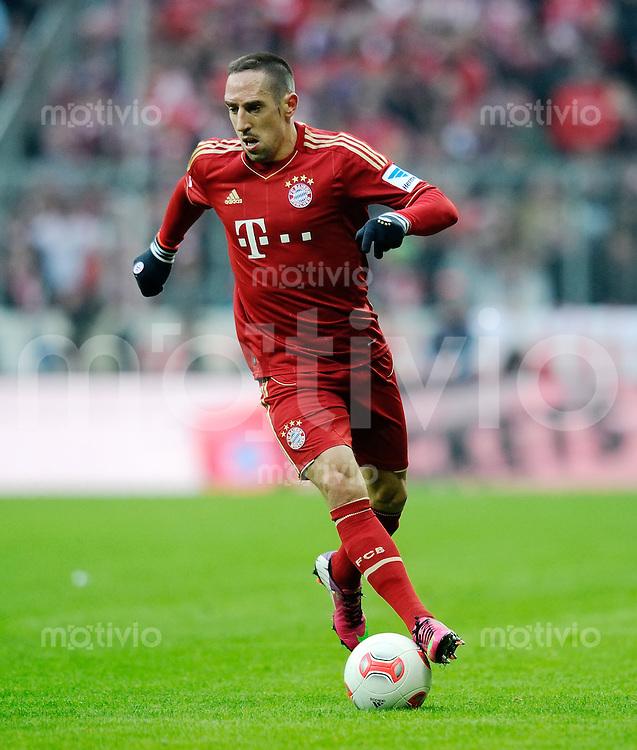 FUSSBALL   1. BUNDESLIGA  SAISON 2012/2013   18. Spieltag FC Bayern Muenchen - SpVgg Greuther Fuerth       01.12.2012 Franck Ribery (FC Bayern Muenchen)  am Ball