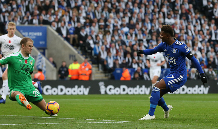 Leicester City's Demarai Gray sees this effort blocked by Burnley's goalkeeper Joe Hart<br /> <br /> Photographer Stephen White/CameraSport<br /> <br /> The Premier League - Saturday 10th November 2018 - Leicester City v Burnley - King Power Stadium - Leicester<br /> <br /> World Copyright © 2018 CameraSport. All rights reserved. 43 Linden Ave. Countesthorpe. Leicester. England. LE8 5PG - Tel: +44 (0) 116 277 4147 - admin@camerasport.com - www.camerasport.com