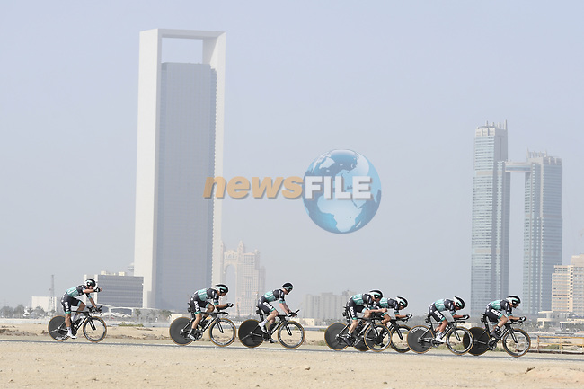 Bora-Hansgrohe motor along during Stage 1 of the 2019 UAE Tour, a team time trial running 16km around Al Hudayriat Island, Abu Dhabi, United Arab Emirates. 24th February 2019.<br /> Picture: LaPresse/Fabio Ferrari | Cyclefile<br /> <br /> <br /> All photos usage must carry mandatory copyright credit (© Cyclefile | LaPresse/Fabio Ferrari)