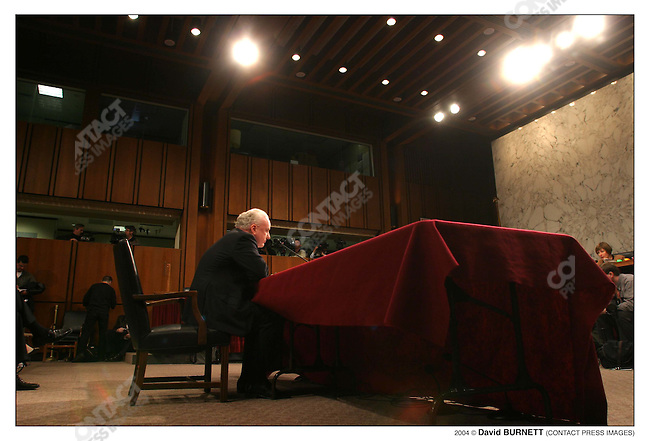 Terrorism expert Richard Clarke answers questions from the 9/11 Investigative commission. US Capitol, Washington D.C., March 24th, 2004...2004 © David BURNETT (CONTACT PRESS IMAGES)