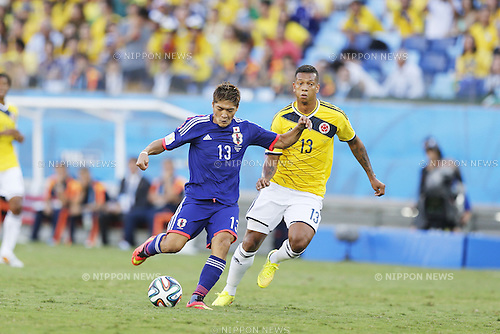 Yoshito Okubo (JPN), Fredy Guarin (COL), JUNE 24, 2014 - Football / Soccer : FIFA World Cup Brazil 2014 Group C match between Japan 1-4 Colombia at the Arena Pantanal in Cuiaba, Brazil. (Photo by AFLO)