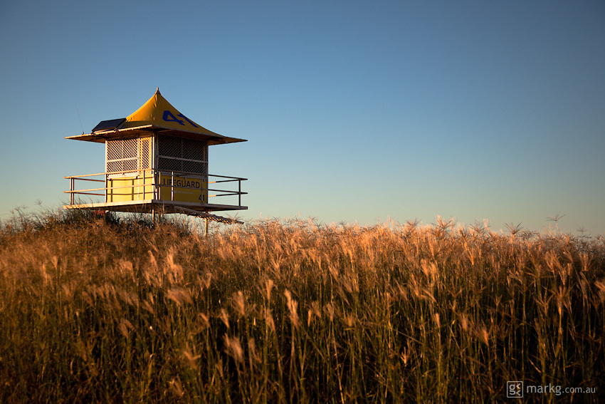 Beach & surf lifestyle photos - Life Guard tower - Gold Coast, Australia