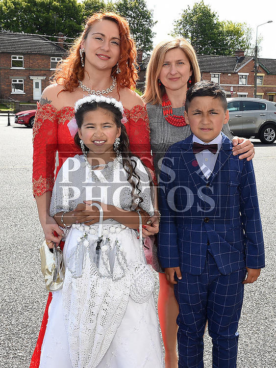 Helena Diaz from St Brigids school who received her Fiirst Holy Communion in Our Lady of Lourdes church pictured with her family. Photo:Colin Bell/pressphotos.ie