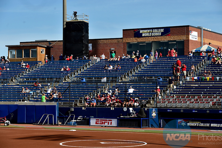 07 JUNE 2016:  The Division I Women's Softball Championship is held at ASA Hall of Fame Stadium in Oklahoma City, OK.  KT King/NCAA Photos