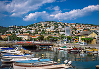 Kroatien, Kvarner Bucht, Rijeka: Stadtansicht, links oben das Kastell von Trsat | Croatia, Kvarner Gulf, Rijeka: city view, left top Trsat Castle