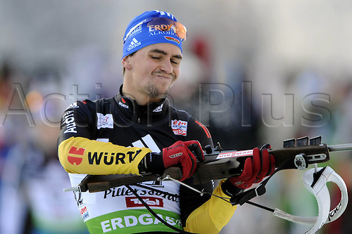 09.12.2011, Hochfilzen, Austria. The IBU Biathlon men's 10km Sprint, picture shows  Simon Michael Greis ger