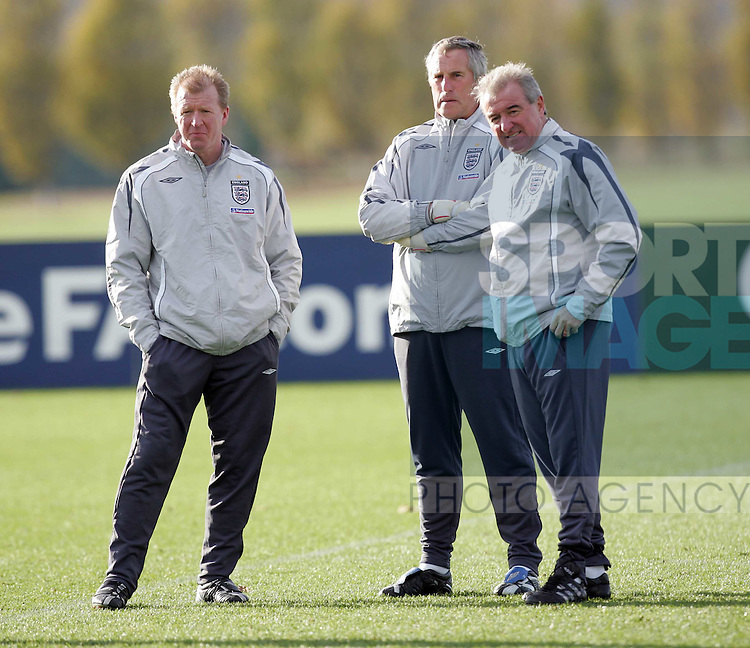 England's Steve McClaren, Ray Clemence and Terry Venables