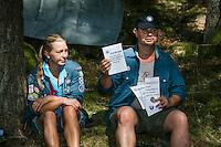 20140806 Vilda-l&auml;ger p&aring; Kragen&auml;s. Foto f&ouml;r Scoutshop.se<br /> scout, dag, gr&auml;s, skog, sitta, fr&aring;gor