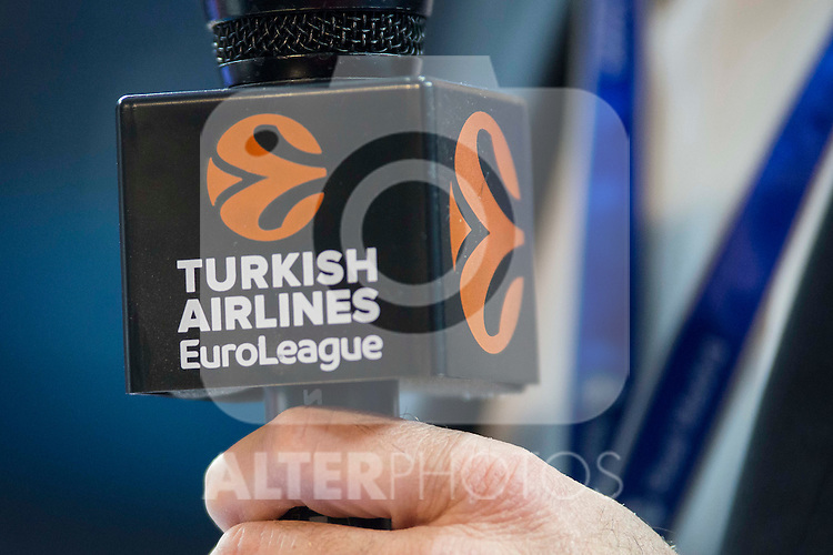 Microphone with Logo of Turkish Airlines Euroleague during match of Turkish Airlines Euroleague at Barclaycard Center in Madrid. November 24, Spain. 2016. (ALTERPHOTOS/BorjaB.Hojas)