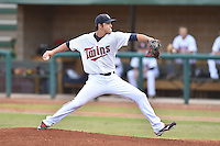 Elizabethton Twins starting pitcher Derek Rodriguez (12) delivers a pitch during a game against the Bristol Pirates on September 1, 2015 in Elizabethton, Tennessee. The Twins defeated the Pirates Gnats 6-1. (Tony Farlow/Four Seam Images)