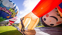 BNPS/Longleat<br /><br />The stunning Sky Safari at Longleat House in Wiltshire today (Sunday)<br /><br />Over 100 hot air balloons gently rose into the crystal clear autum skies around the estate near Warminster in Wiltshire.