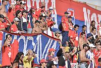 BOGOTÁ -COLOMBIA, 20-02-2016. Hinchas del Medellín animan a su equipo durante el encuentro entre La Equidad e Independiente Medellín por la fecha 5 de la Liga Águila I 2016 jugado en el estadio Metropolitano de Techo de la ciudad de Bogotá./ Fans of Medellin cheer for their team during the match between La Equidad and Independeiente Medellin for the date 5 of the Aguila League I 2016 played at Metropolitano de Techo stadium in Bogotá city. Photo: VizzorImage/ Gabriel Aponte / Staff