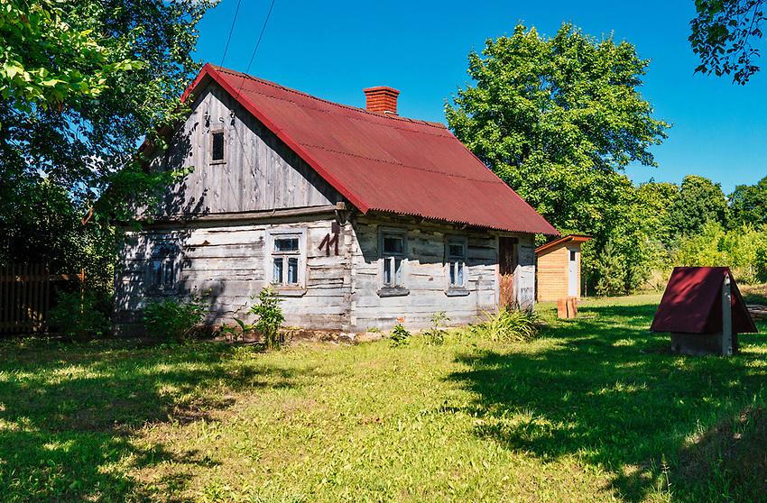 Stare domy w Kruszynianach, Polska<br /> Old houses in Kruszyniany, Poland