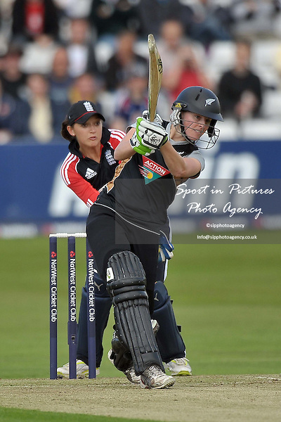 Amy Sattherwaite (New Zealand). England Vs New Zealand. Natwest Womens T20 Quadrangular Series. Billericay Cricket Club. Essex. 23/06/2011. MANDATORY Credit Sportinpictures/Garry Bowden  - NO UNAUTHORISED USE - 07837 394578