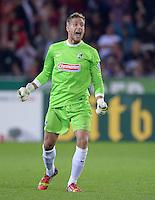 FUSSBALL   DFB POKAL 2. RUNDE   SAISON 2013/2014 SC Freiburg - VfB Stuttgart      25.09.2013 JUBEL Torwart Oliver Baumann (SC Freiburg)