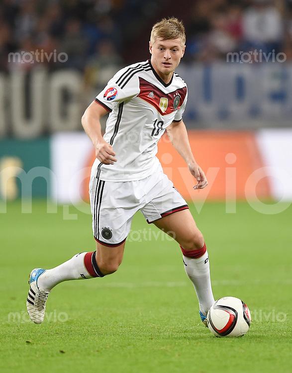 Fussball International EM 2016-Qualifikation  Gruppe D  in Gelsenkirchen 14.10.2014 Deutschland - Irland Toni Kroos (Deutschland)