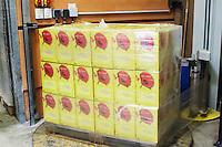 bag in box bottling line cellier des chartreux rhone france
