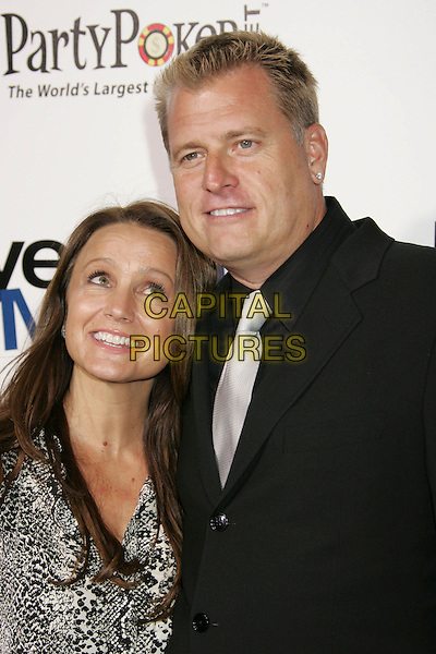 "TINA SIMPSON & JOE SIMPSON.""Employee of the Month"" Los Angeles Premiere held at the Mann's Chinese Theater, Hollywood, California, USA..September 19th, 2006.Ref: ADM/RE.headshot portrait .www.capitalpictures.com.sales@capitalpictures.com.©Russ Elliot/AdMedia/Capital Pictures."