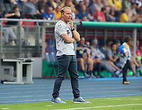 Trainer Henrik Pedersen      <br /> / Sport / Football / DFB Pokal 1.round 3. Bundesliga Bundesliga /  2018/2019 / 20.08.2018 / BTSV Eintracht Braunschweig vs. Hertha BSC Berlin / DFL regulations prohibit any use of photographs as image sequences and/or quasi-video. /<br />       <br />    <br />  *** Local Caption *** &copy; pixathlon<br /> Contact: +49-40-22 63 02 60 , info@pixathlon.de
