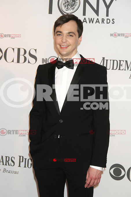 Jim Parsons at the 66th Annual Tony Awards at The Beacon Theatre on June 10, 2012 in New York City. Credit: RW/MediaPunch Inc. NORTEPHOTO.COM