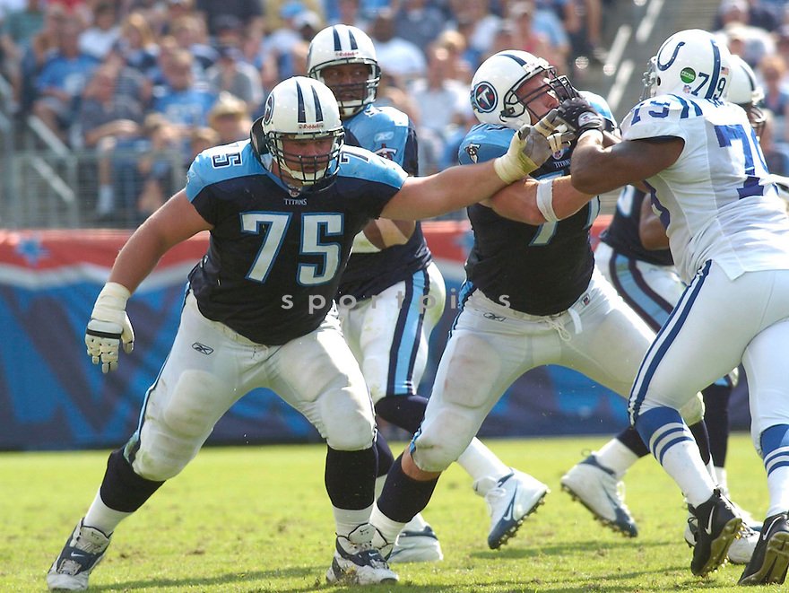 Benji Olson, of the Tennessee Titans, in action during their game against the Cleveland Browns on November 6, 2005...Browns win 20-14..Chris Bernacchi / SportPics