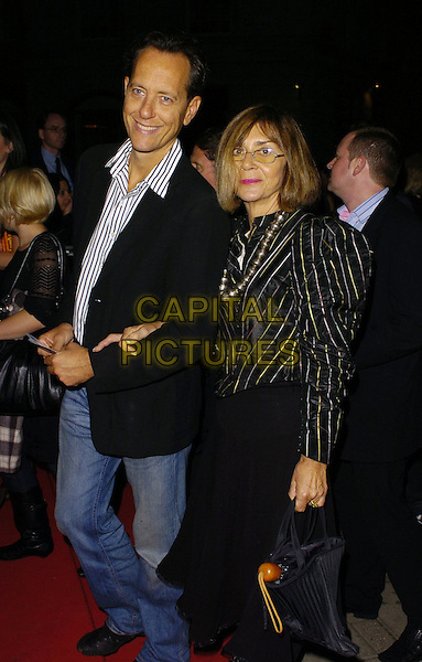 "RICHARD E. GRANT & GUEST.Attends ""Monty Python's Spamalot"" VIP Gala Night, .Palace Theatre, London, England, October 17th 2006..full length.Ref: CAN.www.capitalpictures.com.sales@capitalpictures.com.©Can Nguyen/Capital Pictures"