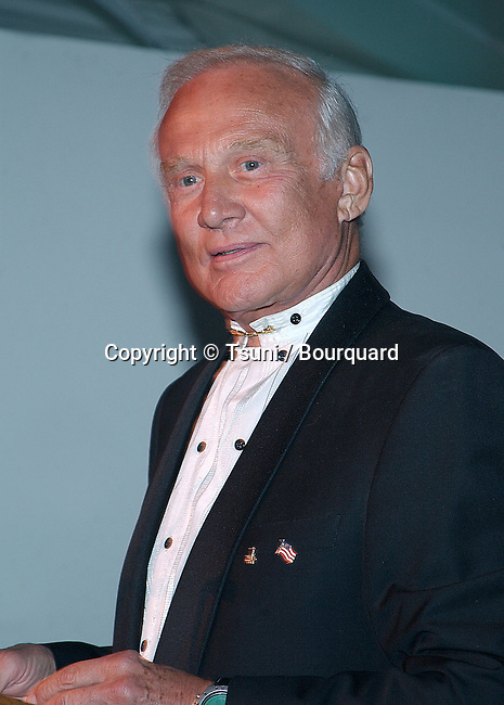 Buzz Aldrin captain of Appolo 13 at the Tribute to Arthur C. Clarke, 2001 Space Odyssey at the Playboy Mansion in Los Angeles. November 15, 2001.   AldrinBuzz01.jpg
