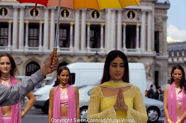 Actress Kareena Kapoor at Place de l'Opera in Paris France, for the shooting of the Bollywood film ''Live only for you''Jeena Sirf Merre Liye''