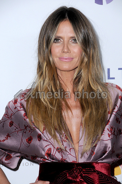 24 October  2017 - Beverly Hills, California - Heidi Klum. Elizabeth Taylor AIDS Foundation and Mothers2Mothers Benefit Dinner held at The Green Acres Estates in Beverly Hills. Photo Credit: Birdie Thompson/AdMedia