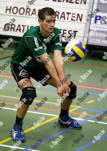 2009-12-19 / Volleybal / seizoen 2009-2010 / Mendo Booischot / WESLEY TORFS..Foto: mpics