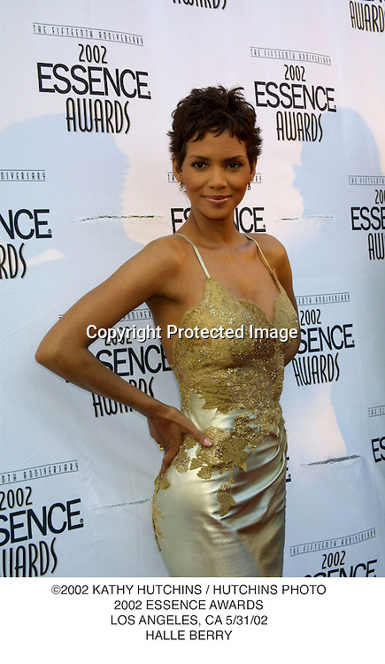 ©2002 KATHY HUTCHINS / HUTCHINS PHOTO.2002 ESSENCE AWARDS.LOS ANGELES, CA 5/31/02.HALLE BERRY