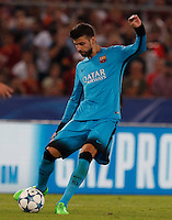 Calcio, Champions League, Gruppo E: Roma vs Barcellona. Roma, stadio Olimpico, 16 settembre 2015.<br /> FC Barcelona&rsquo;s Gerard Pique&rsquo; in action during a Champions League, Group E football match between Roma and FC Barcelona, at Rome's Olympic stadium, 16 September 2015.<br /> UPDATE IMAGES PRESS/Riccardo De Luca<br /> <br /> *** ITALY AND GERMANY OUT ***