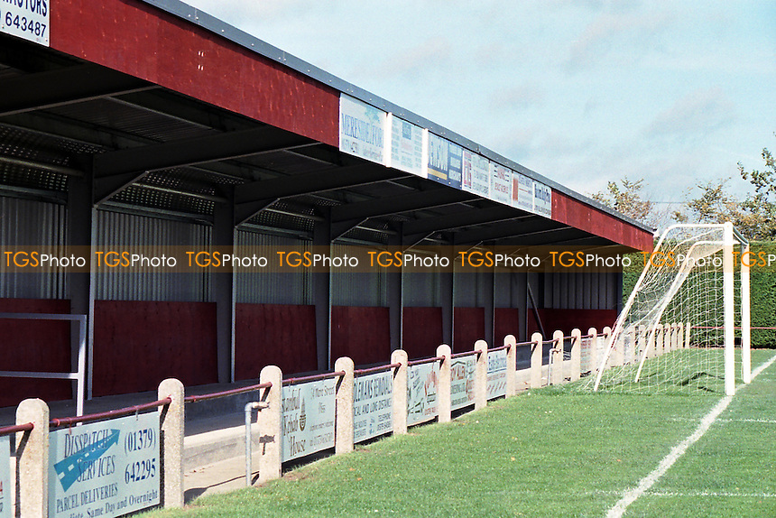 Brewers Green Lane, home of Diss Town FC (Norfolk), pictured in November 1996 - Gavin Ellis/TGSPHOTO - Self billing applies where appropriate - 0845 094 6026 - contact@tgsphoto.co.uk - NO UNPAID USE..