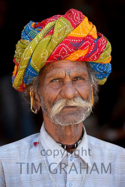 Indian man wearing traditional Rajasthani turban in Sadri town in Pali District of Rajasthan, Western India