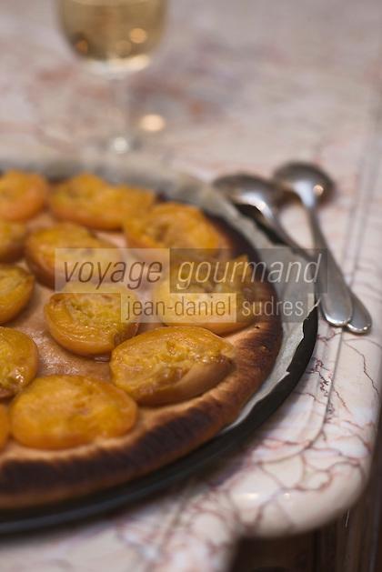 Europe/France/Rhône-Alpes/26/Drôme/Nyons: Tarte aux abricots de la Drome de Raphaël Delaye-Reynaud - Vinaigrier- La Para
