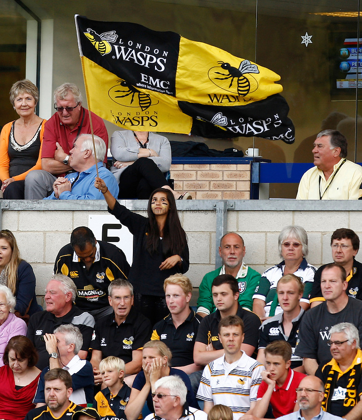 Photo: Richard Lane/Richard Lane Photography. London Wasps v London Irish. Aviva Premiership. 15/09/2012. Wasps supporters.