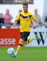 Fussball, 2. Bundesliga, Saison 2011/12, Testspiel SG Dynamo Dresden - Slovan Liberec, Pirna. Dresdens Marcel Heller am Ball.