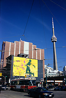 A tramway pass in front of a I Pod giant billboard ad on King and Spadina street<br />