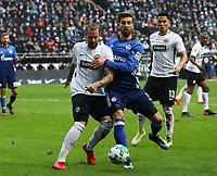 Matija Nastasic (FC Schalke 04) geegen Marco Russ (Eintracht Frankfurt) - 16.12.2017: Eintracht Frankfurt vs. FC Schalke 04, Commerzbank Arena, 17. Spieltag Bundesliga