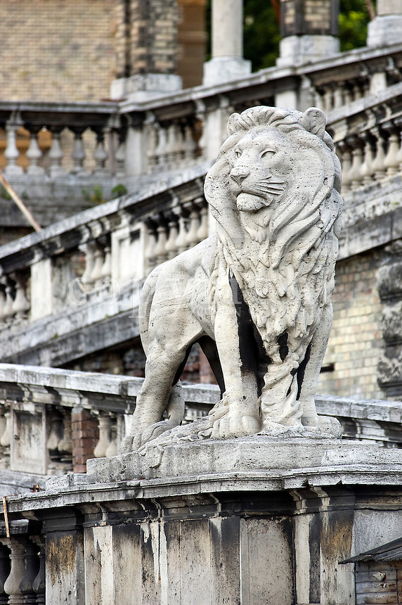 Statue of a lion at Castle Garden Bazaar, Budapest, Europe