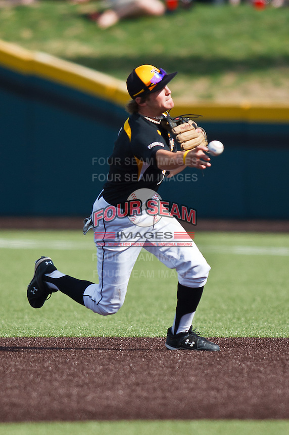 Will Baez (1) April 10th, 2010; Southern Illinois vs Wichita State University at Eck Stadium in Wichita, Ks. Photo by: William Purnell/Four Seam Images