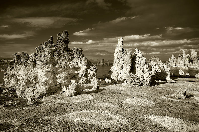Red circles and tufa. Mono Lake. California