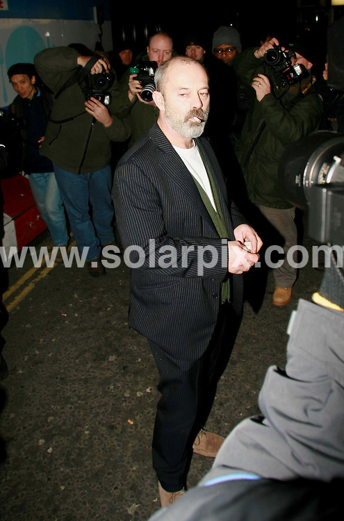 **ALL ROUND PICTURES FROM SOLARPIX.COM**.**WORLDWIDE SYNDICATION RIGHTS**.Keith Allen in London. 14th February 2007..JOB REF: 5158 BNE       DATE: 14_07_2007.**MUST CREDIT SOLARPIX.COM OR DOUBLE FEE WILL BE CHARGED* *UNDER NO CIRCUMSTANCES IS THIS IMAGE TO BE REPRODUCED FOR ANY ONLINE EDITION WITHOUT PRIOR PERMISSION*
