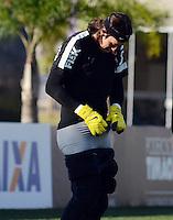 SÃO PAULO,SP, 12 julho 2013 -  Cassio  durante treino do Corinthians no CT Joaquim Grava na zona leste de Sao Paulo, onde o time se prepara  para para enfrenta o Atletico MG pelo campeonato brasileiro . FOTO ALAN MORICI - BRAZIL FOTO PRESS