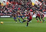 Billy Sharp of Sheffield United taking a penalty during the English Football League One match at Bramall Lane, Sheffield. Picture date: November 19th, 2016. Pic Jamie Tyerman/Sportimage