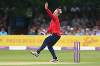 Simon Harmer in bowling action for Essex during Essex Eagles vs Notts Outlaws, Royal London One-Day Cup Semi-Final Cricket at The Cloudfm County Ground on 16th June 2017