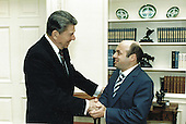 United States President Ronald Reagan welcomes Anatoly Shcharansky to the Oval Office of the White House in Washington, DC on May 13, 1986.<br /> Mandatory Credit: Bill Fitz-Patrick / White House via CNP